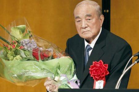 中曽根康弘元首相の死因は老衰?病気の情報や長寿の秘訣は?